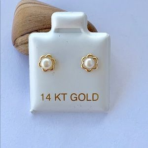 Real 14k Gold Tiny Stud Earrings Pearl